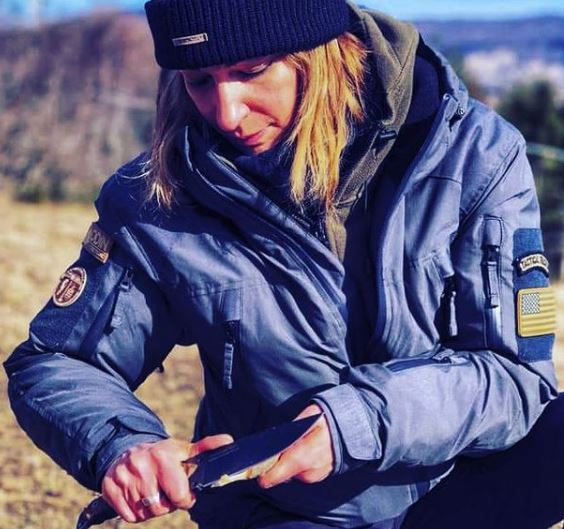 No gear for female preppers list is complete without a sturdy fixed blade knife